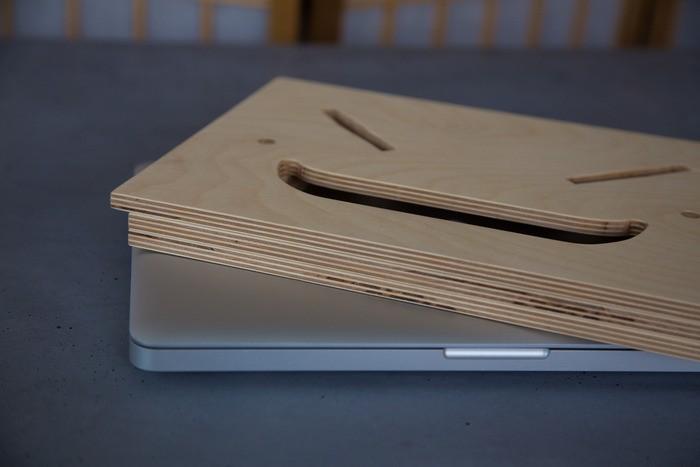 desk-folded